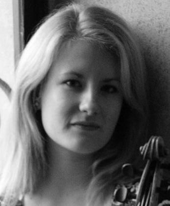 Jennifer Holt, violin
